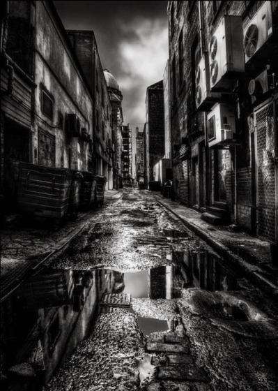 dark_city_streets_389416.jpg